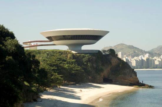 Arkitekten Oscar Niemeyer avliden