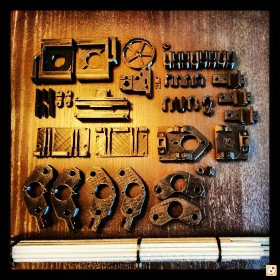 RepRap 3D-skrivare föder fram RepRap 3D-skrivare