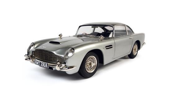 James Bonds bilar på museum i London