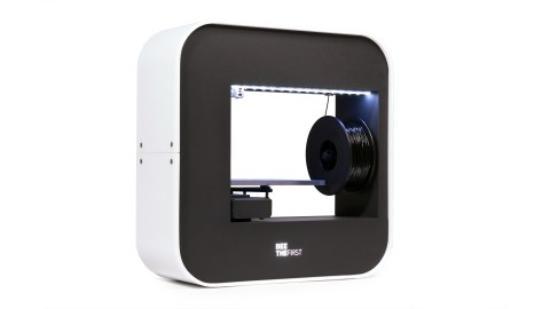 Snyggt designad 3D-skrivare byggd i EU