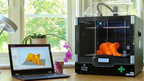 Nick Lievendag testar 3D-skrivaren ZYYX