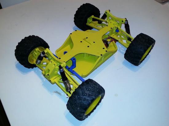 Ladda hem en 3D-printbar RC-bil!