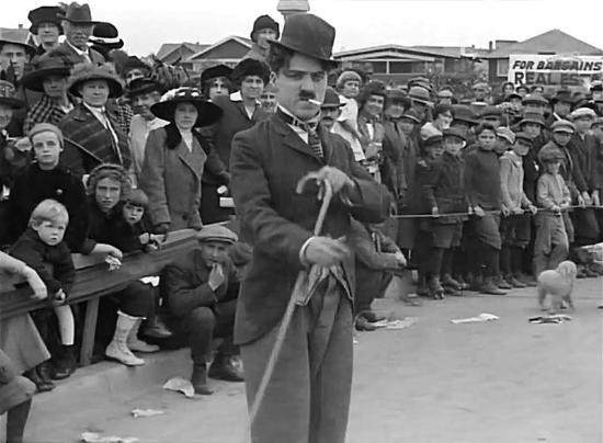 Charlie Chaplin skulle fyllt 124 år idag