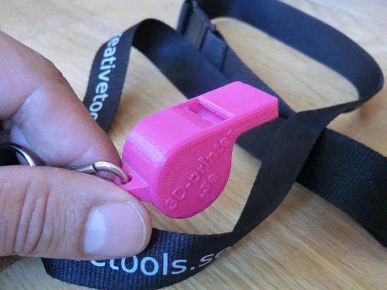 Dagens 3D-print – Fungerande visselpipa skapad med MakerBot Replicator 2X