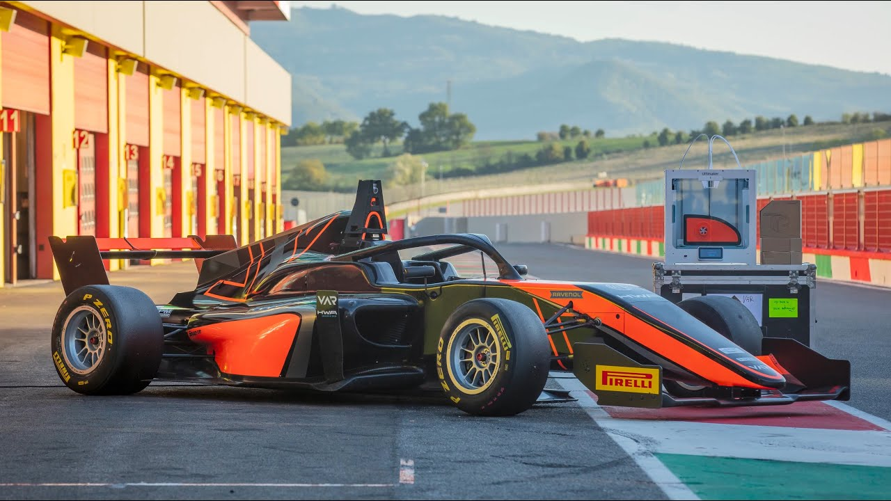 Ultimakers are used to 3D print tools for race cars